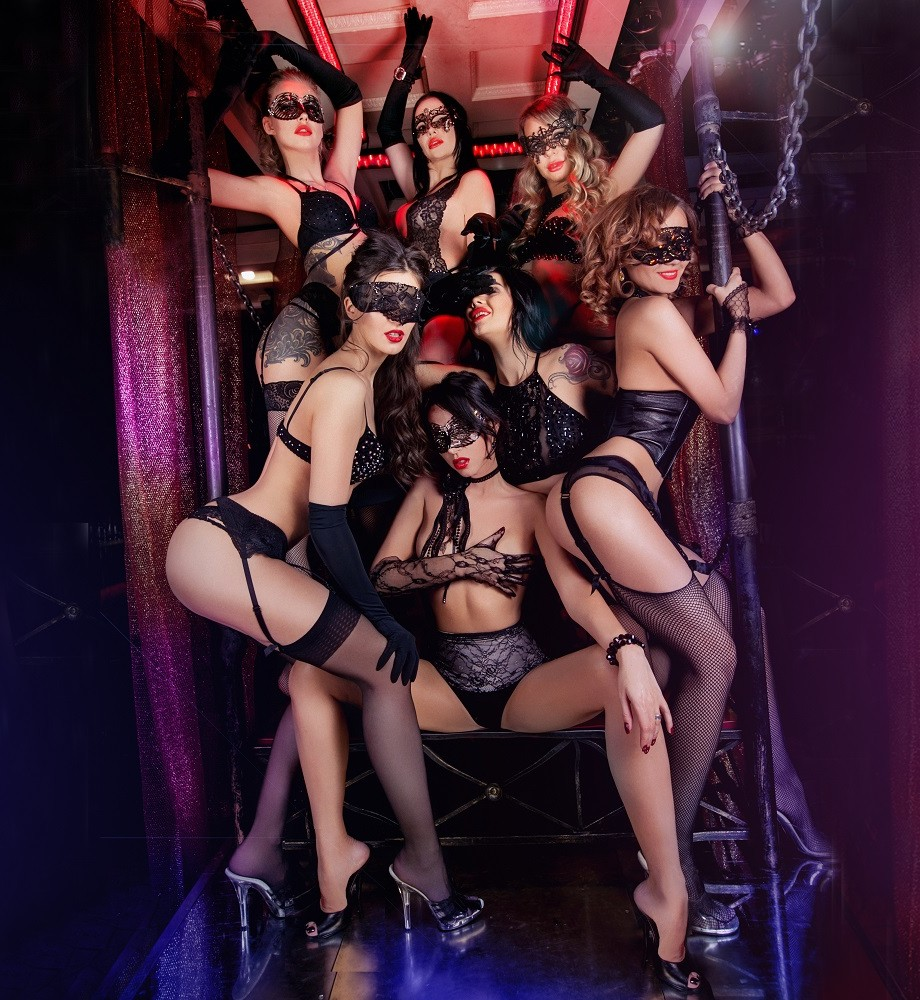 Sydney after dark brings talented sexy australia women to vegas