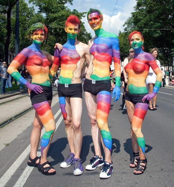 Gay cure renounced by world's largest ex